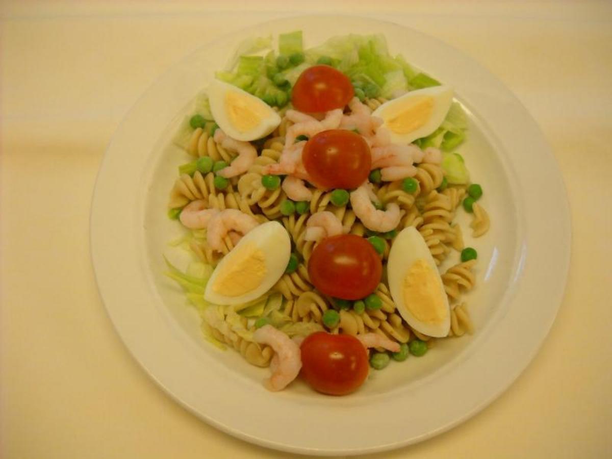 pastasalat med æg